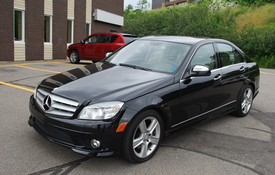 used 2009 mercedes benz c300 4matic for sale in saint john nb. Black Bedroom Furniture Sets. Home Design Ideas