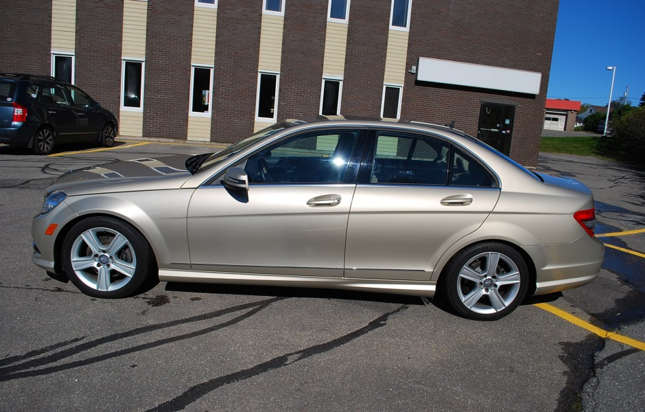 Used 2010 mercedes benz c300 4 matic for sale in saint for 2010 mercedes benz c 300