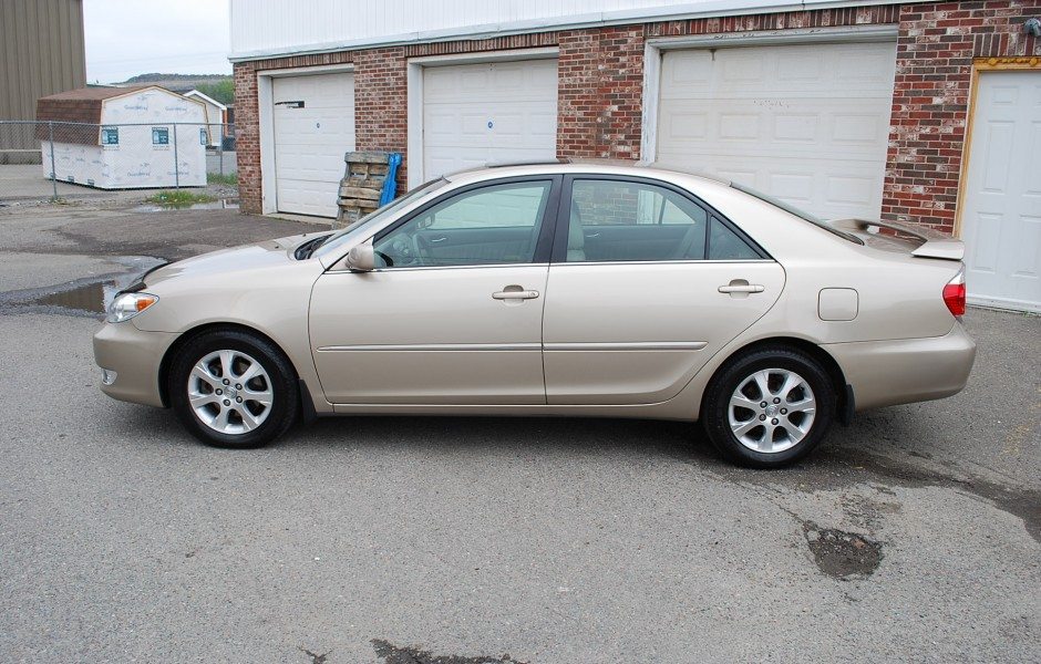 Used 2005 Toyota Camry Xle For Sale In Saint John Nb