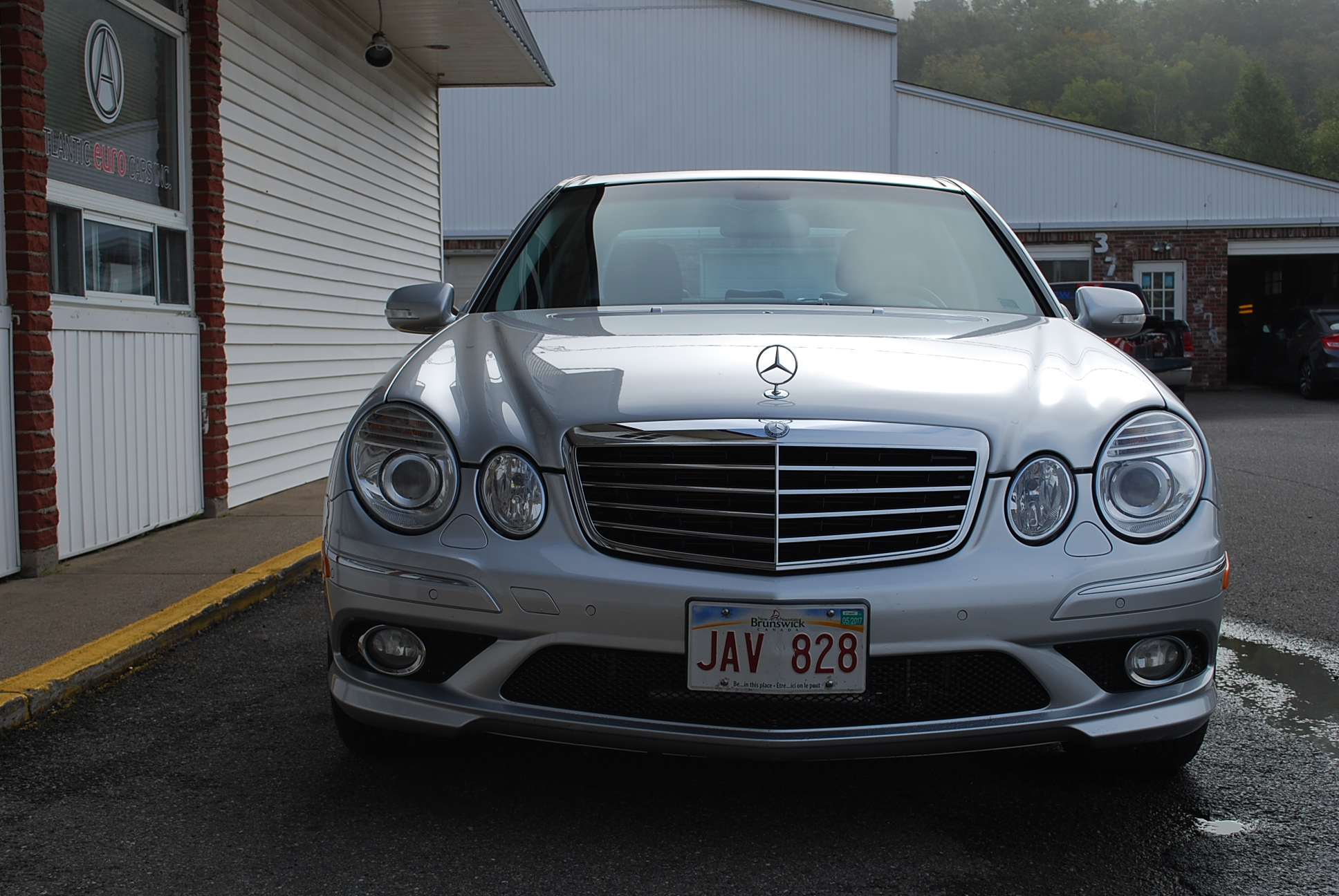 Used 2008 mercedes benz e550 4matic for sale in saint john nb for Mercedes benz canada build and price