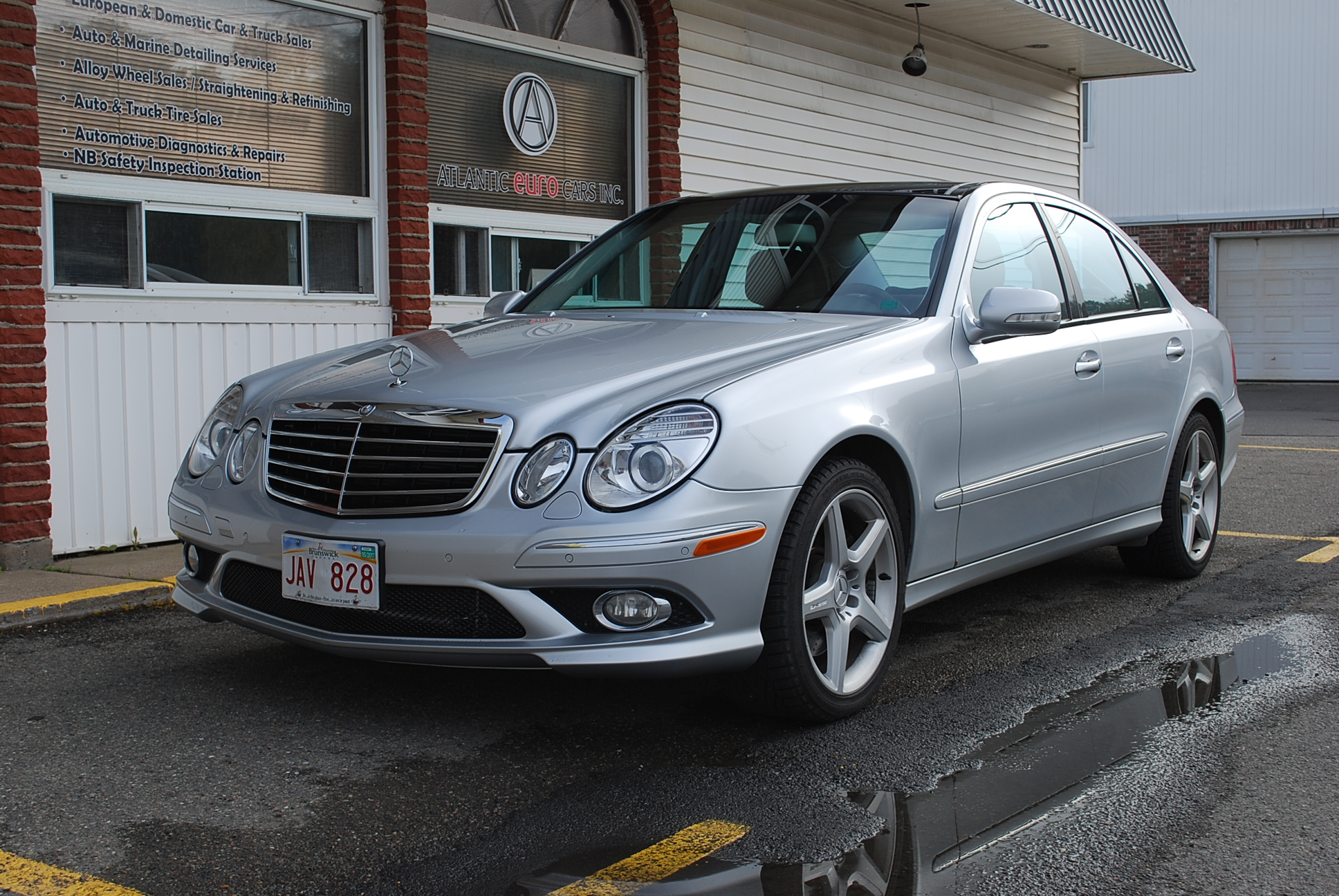 used 2008 mercedes benz e550 4matic for sale in saint john nb. Black Bedroom Furniture Sets. Home Design Ideas